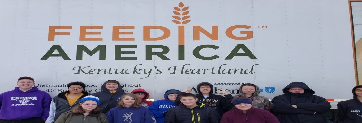 Caverna students volunteer for Feeding America